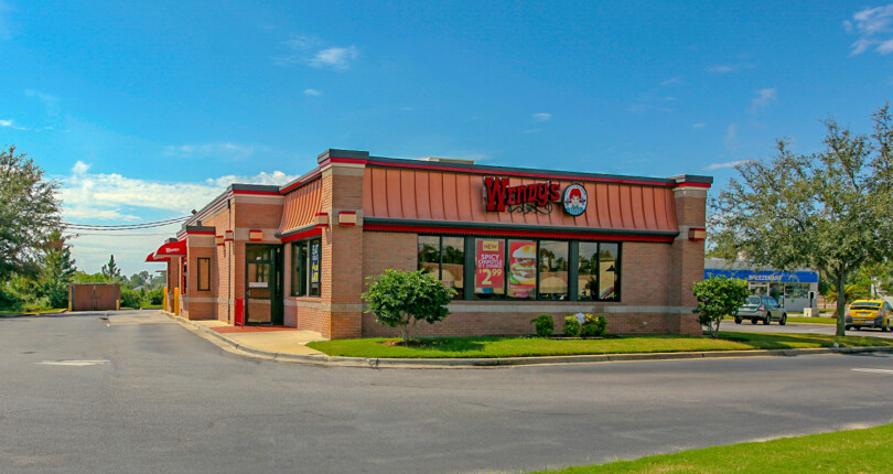 Just Closed! Wendy's in Gulf Breeze, Florida